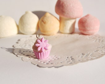 Cupcake pendant with flowers in various colors