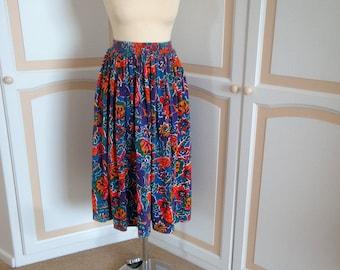 Monsoon  Multi  Colour  Skirt size 8 to 10 uk