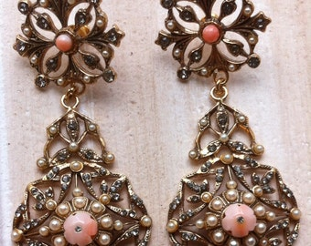 Beautiful vintage earrings by Alcozer&J Florence