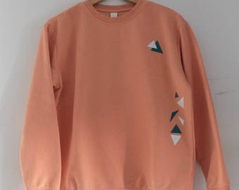Sweater triangle design by Jozy