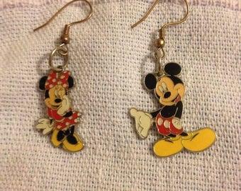 Disney Mickey Minnie Mouse earrings