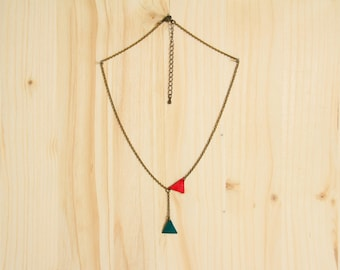 """Leather genuine """"Oskar"""" green and Red necklace"""