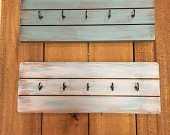 Key holder - Key hook - Wooden key hook -   Rustic key holder - Rustic Decor - Wood decor - Wooden key holder - Wall key holder