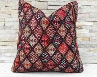 OLD, Kilim pillow cover, Boho pillow, Home living, Wintage pillow, Home design, Decorative pillow, Turkish pillow, Kilim cushion