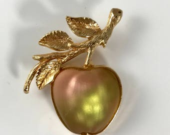 Sarah Coventry Frosted Glass Apple Brooch / Pin