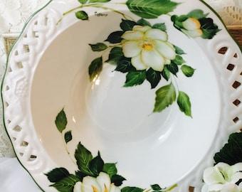 Vintage Brunelli Italy White Rose Large Serving Bowl Signed Tiffany