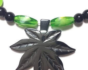 Green Weed Leaf Glass Bead Necklace