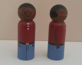 Wooden peg dolls dark Mom and Dad