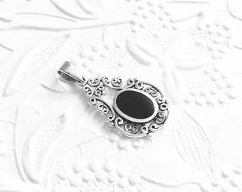 Sterling Silver Pendant, Onyx Pendant, Silver Filigree, Fancy Pendant, 925 Sterling Silver, 28mm x 19mm, SS043