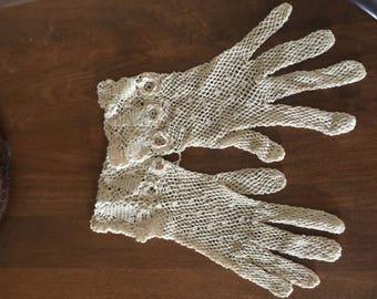Crochet needlecraft ladies gloves