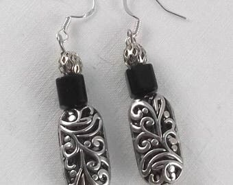 Silver Plate Filigree & Black Glass Cube Beaded Drop Dangle Earrings