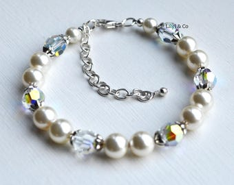 Mother of the Bride Gift, Bridesmaid Gift,  Bridesmaid Bracelet, Cream Pearl Bracelet, Bridesmaid Bracelet, Bridal Jewellery