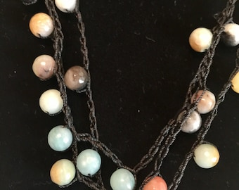 Round stone multi colored necklace