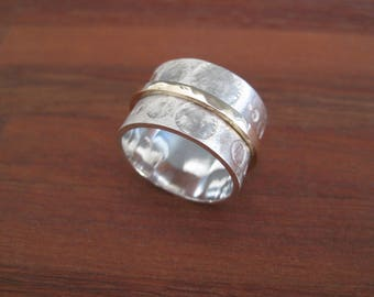 Etched Stirling Silver  & 9ct Gold Circles Spinning Ring