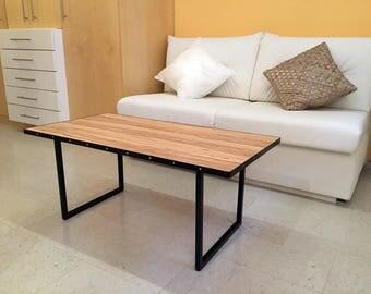 Couchtisch, Wohnzimmertisch, Beistelltisch aus Stahl mit Holz im Industrie Design