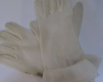 Lovely Vintage 1950's Wear-Right Nylon Gloves, Vintage Size 7
