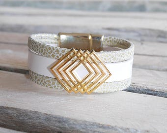 SALE geometric boho chic leather cuff white and gold (BR84)