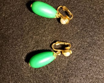 Retro Zucchini Earrings