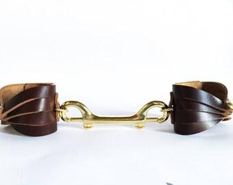 Tether cuff set