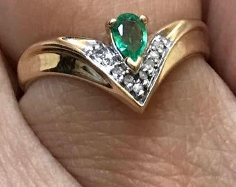 14k Gold Emerald and Diamond Ring  Stackable Ring  Size 6 1/2 Free Priority Shipping reduced price