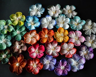 Silk flower bobby pins (hair grips) set of 2. Hand dyed charmeuse (high gloss) silk. Tsumami zaiku. Blush flower clips. Made to Order.