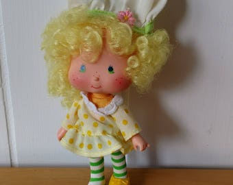 vintage Strawberry Shortcake Lemon Meringue pie doll