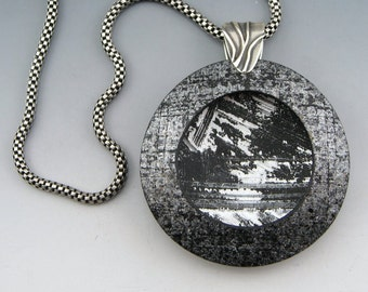 Landscape polymer pendant on chain