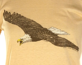 80s Graphic Eagle T-Shirt / Vintage 1980s Novelty Bird Tee / Super Soft & Paper Thin Bird Lover Shirt / Fitted Skinny / Short Sleeve