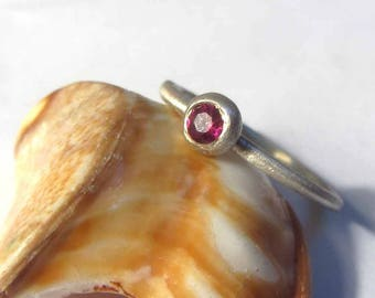 Ruby stacking silver ring with a brushed silver finish - textured silver ring - ruby solitaire engagement ring in sterling silver 925, ruby