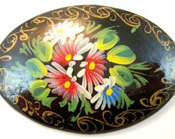 Lovely Vintage Russian Hand Painted Pin Brooch