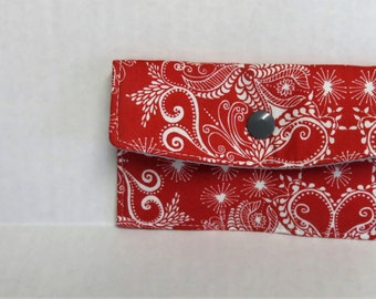 Mini Wallet - Gift Card Holder - Debit Credit Card Case -  Business Card Case  - Snap Closure - Red White Snowflake Swirl Fabric