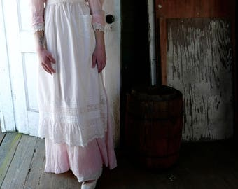 Edwardian Long White Apron