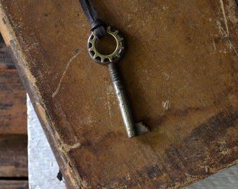 Steampunk Key - Mens Skeleton Key Necklace- Vintage Skeleton Key - Leather Key Necklace - Gear Necklace - Mens Key To My Heart Necklace