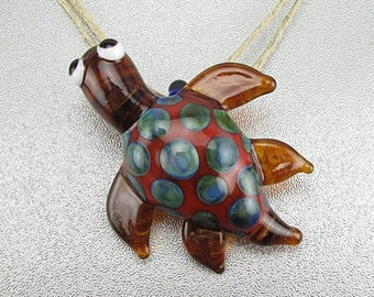 ON SALE Handmade Lampwork Glass Turtle Pendant by Jason Powers SRA