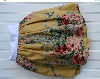 HOLIDAY SALE - Ralph Lauren Bedskirt - Evelyn Dust Ruffle - Double Full - Cabbage Roses - Bed Skirt