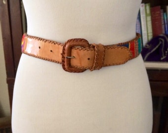 Vintage womens 1980's guatemalan leather belt. Size 28