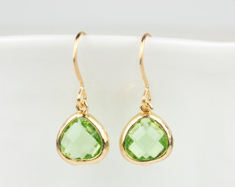 Tiny Peridot Gold Earrings, August Birthstone Gold Earrings, Green Gold Earrings, Peridot Earrings, Bridesmaid Earrings