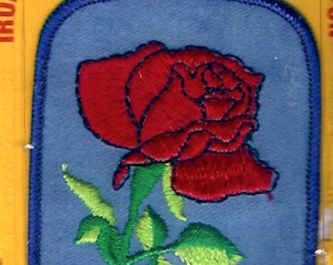 Vintage Rose Badge Joy Iron on patch Blue background Red Rose Floral embroidered Sewing Craft Supply Hippie Hipster retro