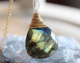 Super Bright and Flashy Huge Labradorite Wire Wrapped Gemstone Necklace. Long Chain Necklace. Layer Faceted Statement