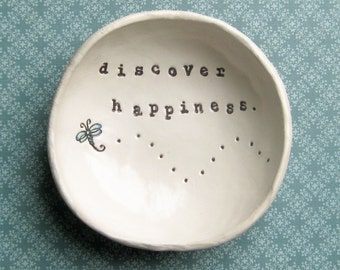 Catch All Dish, Personalized Bowl, Ring Dish, Birthday Gifts for Mom, Graduation Gift, Dragonfly, Discover Happiness Bowl
