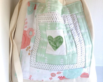 Quilted Knitting Project bag for knitting, yarn bag gift for knitters, Canvas Drawstring bag, Spring pastel mint green