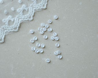 100pcs+ 5mm Tiny Round White Buttons for Baby/Babydoll Clothing