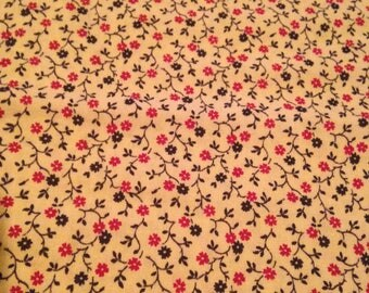 Calico Print Fabric - 7/8 Yards - Red Green Floral / Small Print / Small Floral Print / Vintage Calico / Vintage Fabric