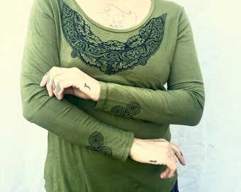 Green Celtic Leaf T-shirt Gift For Her Pagan Long Sleeves Made In USA Sm M XL