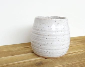 Stoneware Kitchen Utensil Holder in Glossy White Glaze with Speckles