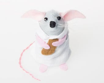 Dobby Mouse - Harry Potter inspired collectable art rat artists mice cute soft sculpture toy stuffed plush gift for girlfriend wife bookworm