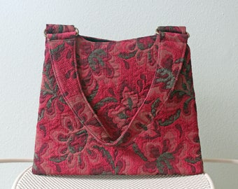 Beau Sac Floral Tapestry Purse in Red