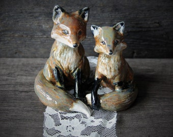Little precious porcelain ceramic foxes unique wedding cake topper