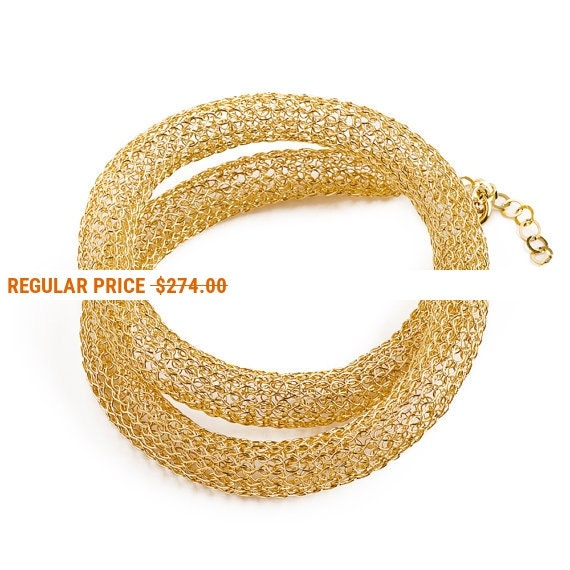 Holiday Sale - Wire crochet gold elegant necklace , Chic necklace for her , Classic jewelry with a handmade touch