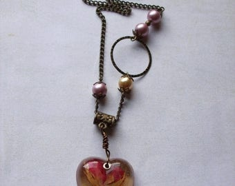 On Sale Dried rosebud resin pendant necklace. Powder pink pearls.
